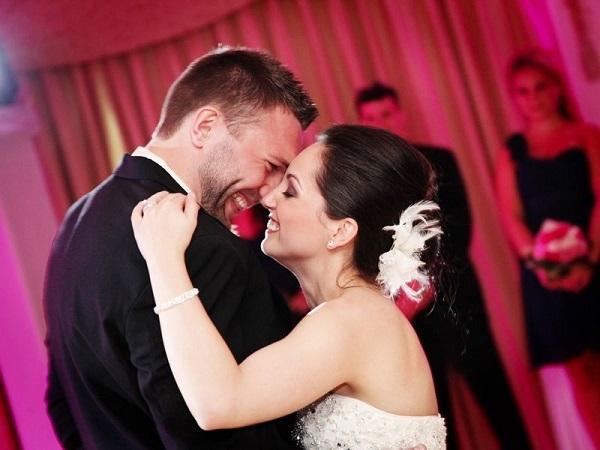 Tips Memilih Playlist Lagu untuk Pesta Pernikahan