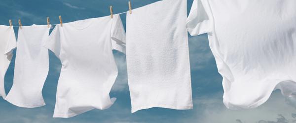 Tips Menghilangkan Noda Deodorant di Baju
