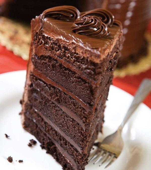 Tips Melelehkan Coklat Untuk Membuat Chocolate Cake